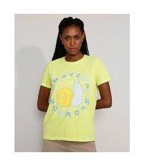 "t-shirt feminina mindset caramujo have a slow day"" manga curta decote redondo verde"""