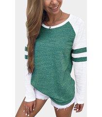 camiseta de manga raglán redonda cuello con bloques de color de rayas verdes