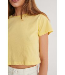 trendyol croppad t-shirt - yellow