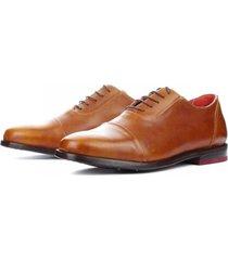 zapato cuero purasangre low caramelo bestias
