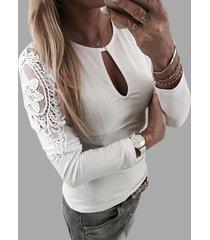 camiseta de manga larga de encaje blanco con patchwork recortado