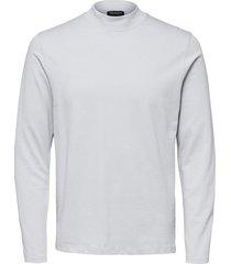 t-shirt met lange mouwen hoge kraag