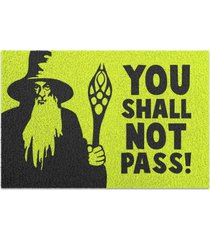 capacho em vinil you shall not pass geek10 amarelo