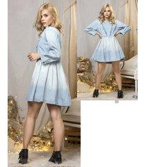 vestido  jean manga larga silueta amplia azul claro con proceso de desgaste