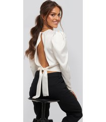 xle the label sophie draped shoulder blouse - white