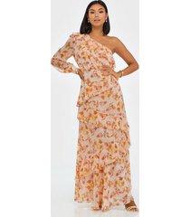 true decadence one sleeve maxi flower dress maxiklänningar