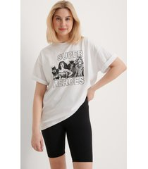 warner bros. ekologisk wonder woman oversized t-shirt - white