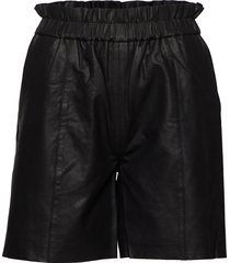 cualina leather shorts shorts leather shorts svart culture