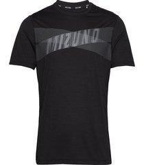 core graphic tee t-shirts short-sleeved svart mizuno