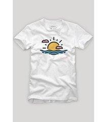 camiseta reserva sol e mar