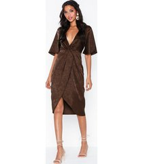 nly eve twisted jacquard dress loose fit