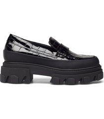 belly croc loafers låga skor svart ganni