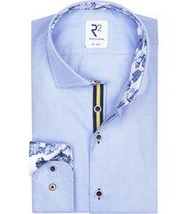r2 shirt lichtblauw bloemen in boord