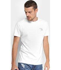 camiseta forum estampa posterior logo masculina