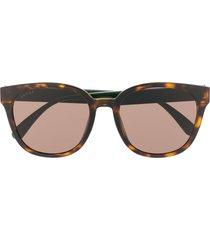 gucci eyewear web detail soft-square frame sunglasses - brown