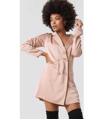 glamorous satin suit dress - pink