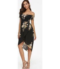 vestido midi con hombros descubiertos y estampado floral al azar negro