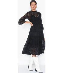 vero moda vmmary 3/4 calf lace dress sb2 långärmade klänningar