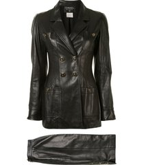 chanel pre-owned 1995 leather double-breasted skirt suit - black