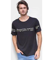 camiseta hering estampada viscose masculina - masculino