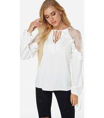 detalles de encaje blanco detalles de cordones transparentes blusa con cuello de pico