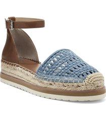 women's vince camuto bredenna espadrille sandal, size 8 m - blue