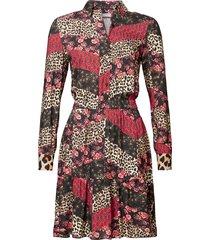 geisha 97769-20 999 jurk aop blocking elastic waist black/red combi zwart