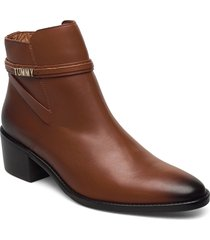 block branding leather mid boot shoes boots ankle boots ankle boot - heel brun tommy hilfiger