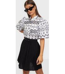 selected femme slfwynona mw short skirt b minikjolar