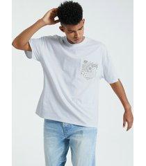 camiseta lisa con bolsillo de paisley para hombre