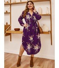 plus tamaño estampado floral al azar púrpura v cuello botón frontal vestido
