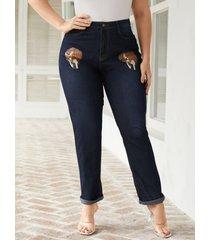 pantalones de mezclilla azul marino con diseño de bolsillo gráfico de talla grande