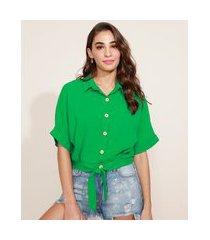 camisa feminina ampla com nó manga curta verde
