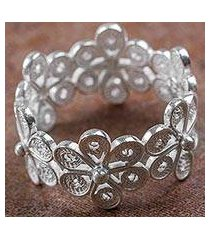 sterling silver band ring, 'belt of flowers' (peru)