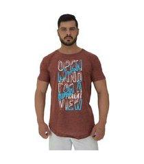 camiseta longline alto conceito open mind nuno marrom