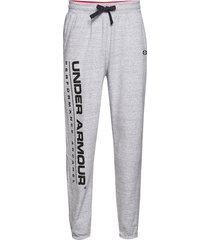 ua performance originators fleece logo pant sweatpants mjukisbyxor grå under armour