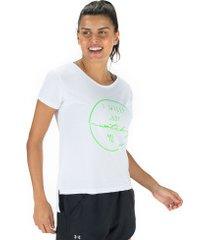 camiseta oxer watch me + necessaire - feminina - branco/verde