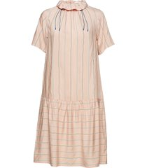 delphine dress jurk knielengte roze wood wood