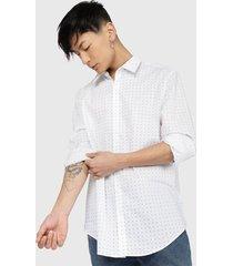 camisa calvin klein ls poplin geo prt shirt blanco - calce regular