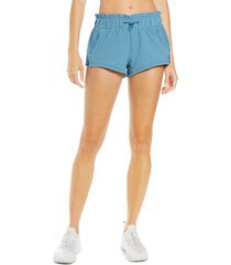 free people fp movement forty love shorts, size medium in caribbean coast comb at nordstrom