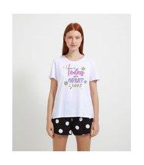 pijama com blusa manga curta e short em algodão estampa today is a great day | lov | branco | p