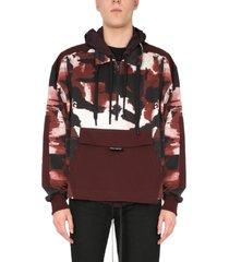 dolce & gabbana camouflage print sweatshirt