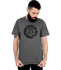 camiseta bleed american los borachos chumbo - cinza/grafite - masculino - dafiti