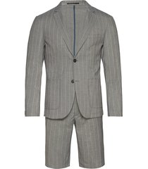 striped suit w/shorts kostym grå lindbergh