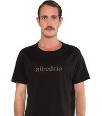 camiseta albedrío regular pecho negro