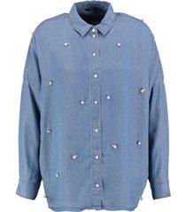 only oversized soepele lyocell denimachtige blouse met parels