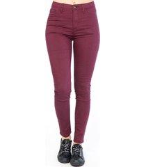 pantalón básico skinny burdeo efesis