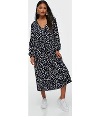 moss copenhagen presley jalina ls dress aop loose fit dresses