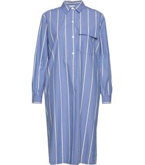 tona ls dress knälång klänning blå second female