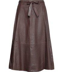 50158 knälång kjol brun depeche